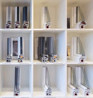 ausstellung in stuttgart fensterfabrik neuffer. Black Bedroom Furniture Sets. Home Design Ideas